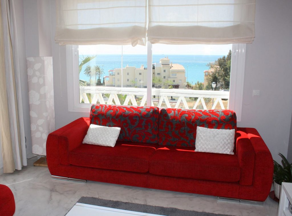 Es interesante tapizar un sofa viejo tapi cristal - Tapizar sofa ...